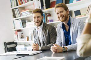 business-people-smiling-GEC84UJ